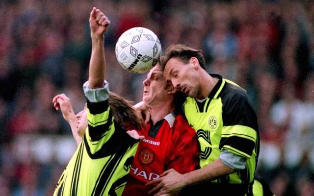 Jürgen Kohler wächst im Halbfinale der Champions League in Manchester über sich hinaus