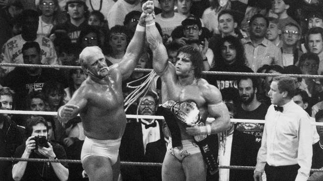 Der Ultimate Warrior (r.) besiegte 1990 bei WrestleMania VI Hulk Hogan