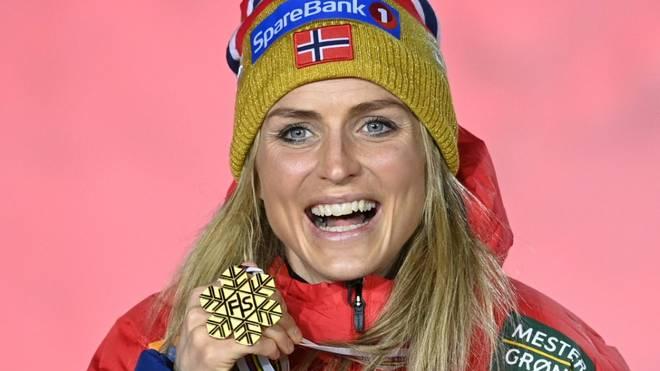 Therese Johaug holt auch im 10-Kilometer-Freistil Gold