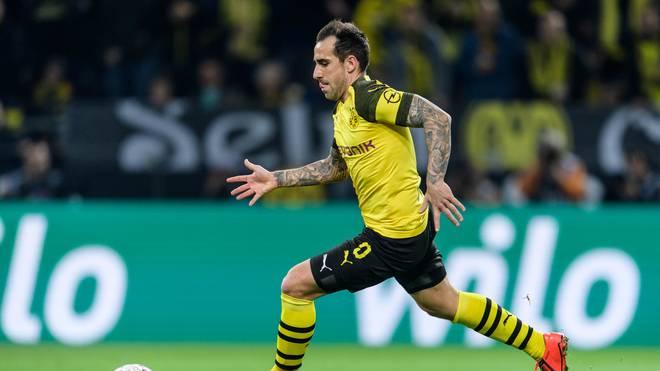 Paco Alcacer kommt für den gesperrten Marco Reus in die BVB-Mannschaft