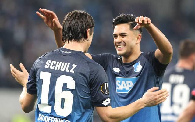 Nico Schulz und Nadiem Amiri feiern den ersten Sieg der Hoffenheimer in der Europa League