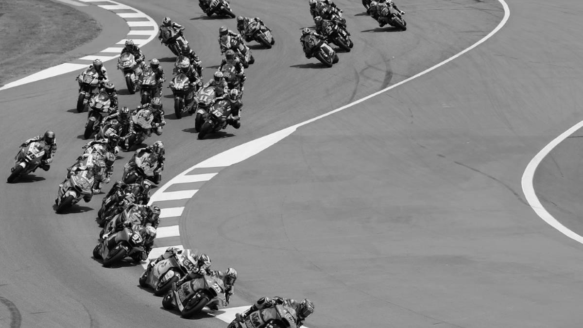 Bei einem Motorradrennen in Spanien starb ein junger Fahrer.
