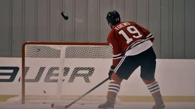Der kanadische Eishockeyspieler Jonathan Toews