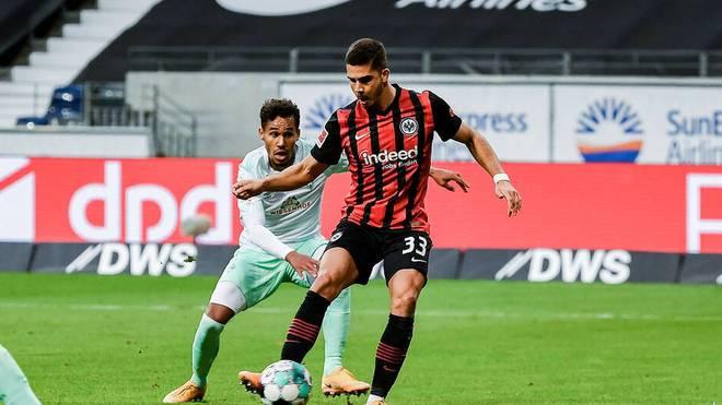 Andre Silva (r.) rettete Eintracht Frankfurt mit seinem Treffer das Remis gegen Werder Bremen