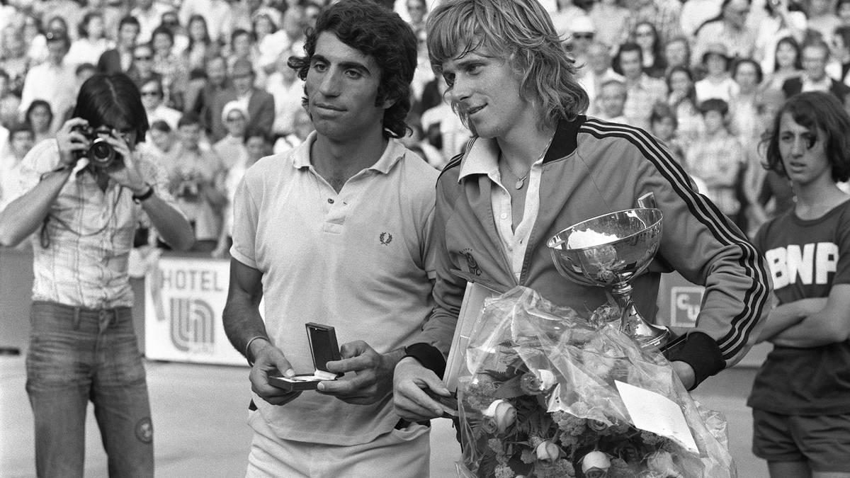 TENNIS-ROLAND GARROS-FINAL-BORG-ORANTES Gegen Manuel Orantes (l.) schwang sich Björn Borg (r.) 1974 zum bis dato jüngsten French Open-Sieger aller Zeiten auf