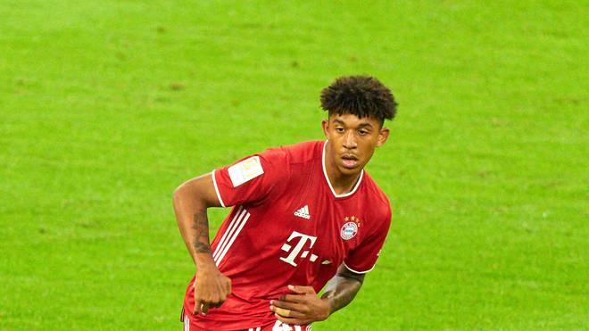 Chris Richards feiert sein Startelfdebüt für den FC Bayern