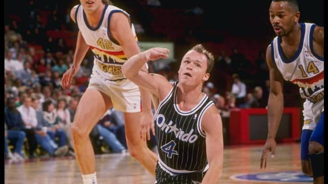 Scott Skiles gelingt am 30. Dezember 1990 gegen die Denver Nuggets das Spiel seines Lebens