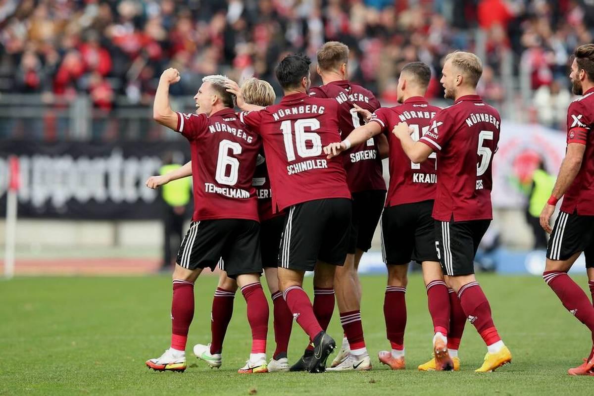 Der 1. FC Nürnberg gewinnt souverän gegen den 1. FC Heidenheim. Fortuna Düsseldorf feiert gegen Karlsruher SC seinen ersten Heimsieg, keinen Sieger gibt es in Kiel.