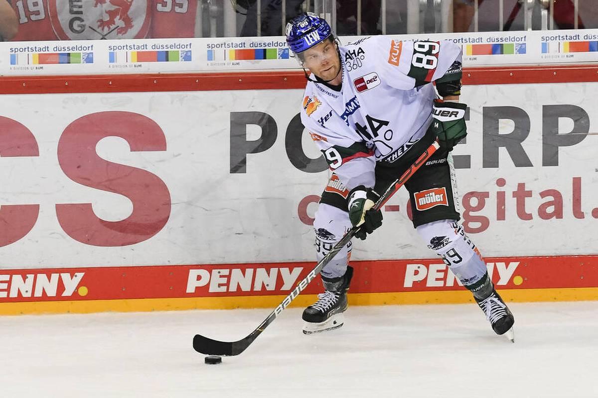 Für die Augsburger Panther steht das zweite Auswärtsspiel der Saison an. SPORT1 zeigt die Partie bei den Kölner Haien LIVE im TV und im Stream.