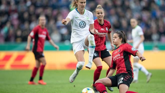 Mit dem SC Freiburg verliert Lena Lotzen 2019 das Pokalfinale gegen Wolfsburg