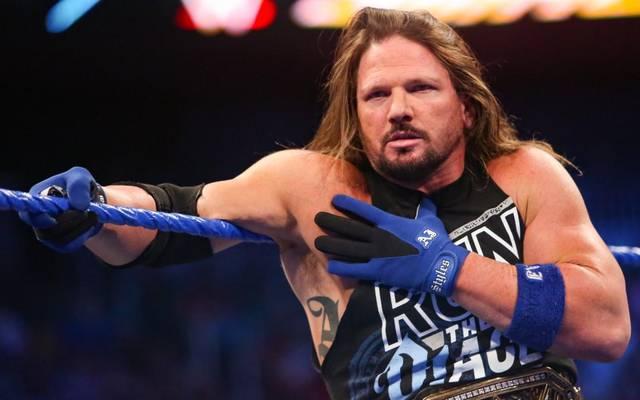 AJ Styles trifft bei WWE Crown Jewel auf Samoa Joe
