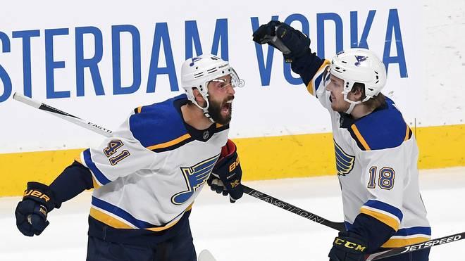 NHL, Playoffs: St. Louis Blues gleichen gegen San Jose Sharks aus, Robert Bortuzzo von den St. Louis Blues freut sich über sen Tor gegen San Jose