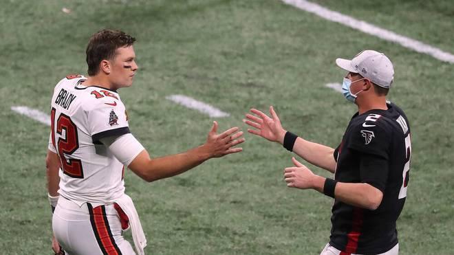 Tom Brady (l.) schaffte gegen Matt Ryan das nächste Mega-Comeback