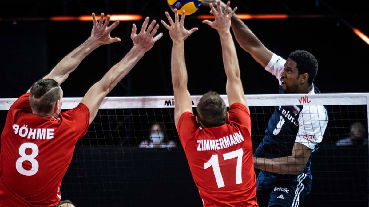 Volleyballer verlieren gegen Polen