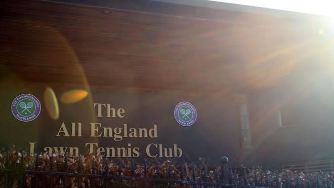Dem Tennis-Klassiker in Wimbledon droht wegen der Coronakrise erstmals seit 1945 wieder die Absage