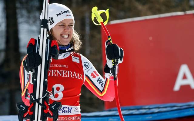 Viktoria Rebensburg hat die Abfahrt in Garmisch gewonnen