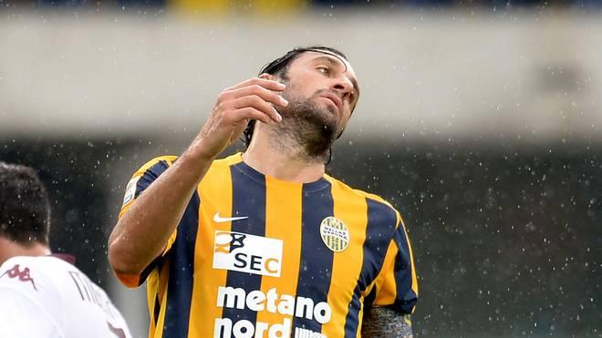 Luca Toni zog sich eine Knieverletzung zu