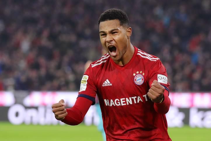 Serge Gnabry ist aktuell in aller Munde. Mit seinen starken Leistungen, zunächst bei Werder Bremen, dann bei der TSG Hoffenheim, empfahl er sich endgültig für den FC Bayern München. In einer schwächelnden FCB-Mannschaft sticht der Offensivspieler momentan deutlich heraus ...