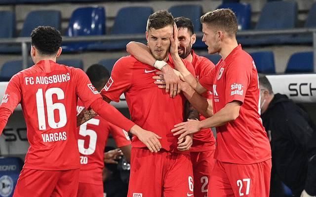 Jeffrey Gouweleeuw markierte den Siegtreffer für den FC Augsburg gegen Arminia Bielefeld