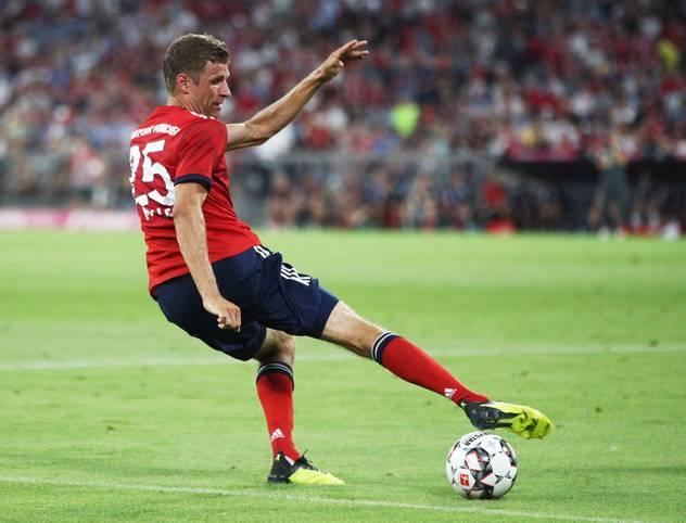 FC BAYERN: Fast schon automatisch geht der Rekordmeister auch in die kommende Saison als Favorit. Doch in der Vorbereitung lief nicht alles nach Plan. Die Nachwehen der deutschen WM-Blamage waren auch in der Testphase des FC Bayern ein Thema