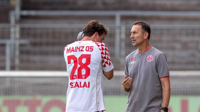 Zwischen Ádám Szalai und Trainer Achim Beierlorzer hat es geknallt