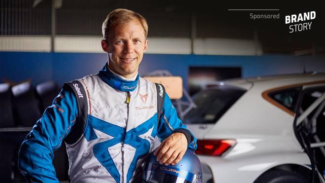 Matthias Ekström und der CUPRA e-Racer
