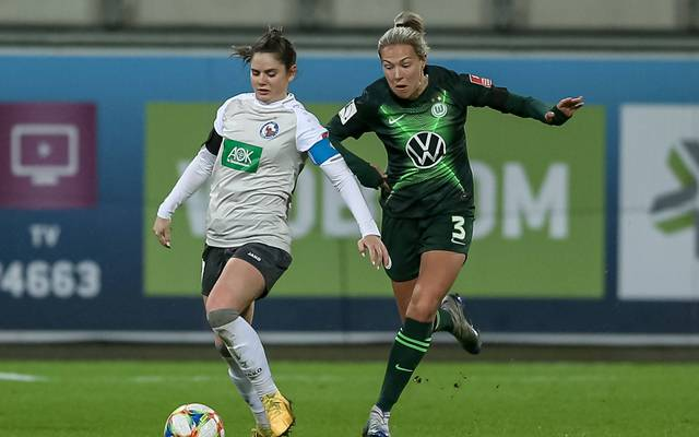 Sarah Zadrazil (l.) wechselt in der Bundesliga von Potsdam zu Bayern