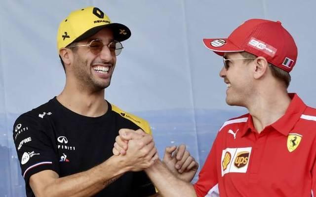 Daniel Ricciardo (l.) zollte Sebastian Vettel großen Respekt