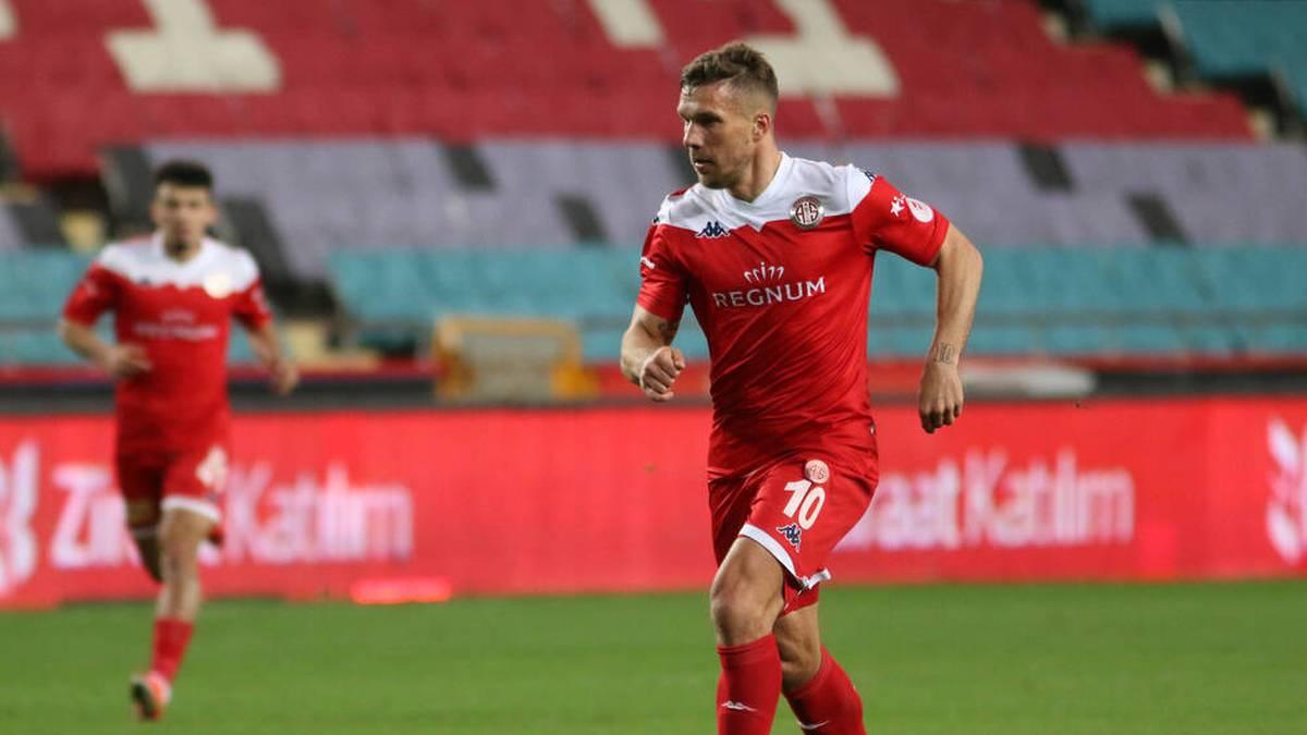 Podolski trifft! Antalyaspor zieht ins Finale ein