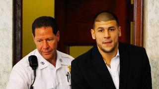Aaron Hernandez, Ex-Spieler der New England Patriots, erscheint vor Gericht