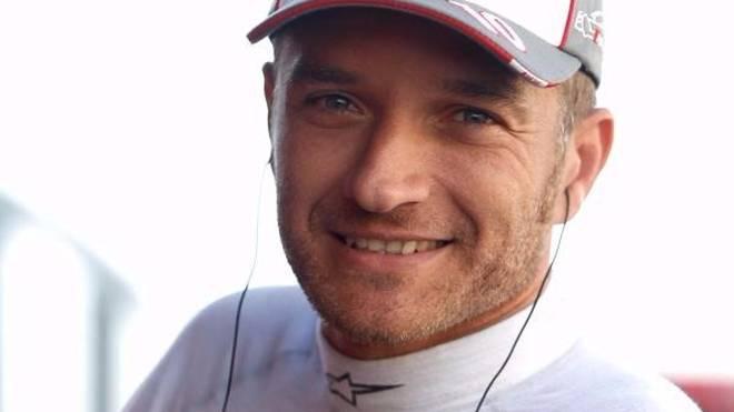 Timo Scheider hängt seinen DTM-Helm an den Nagel