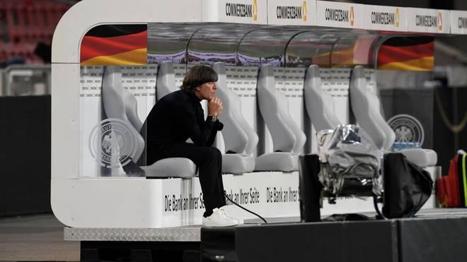 Bundestrainer Joachim Löw ärgert sich über die UEFA