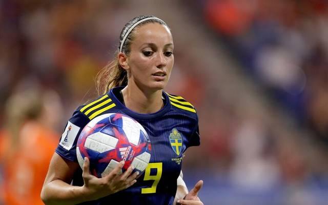 Kosovare Asllani spielt seit 2008 in der schwedischen Frauen-Fußball-Nationalmannschaft, erzielte dabei in 142 Partien 37 Tore