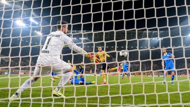 Der vermeintliche Ausgleichstreffer von Patrick Schmidt ist Grund für den Einspruch von Dynamo Dresden