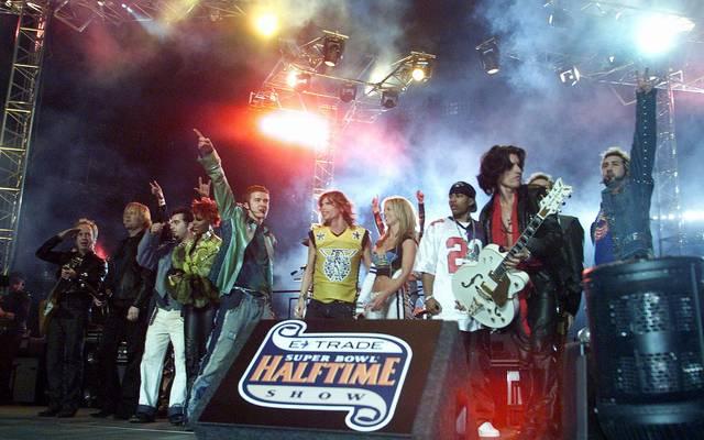 Aerosmith, Britney Spears und N'Sync rocken 2001 gemeinsam die Bühne