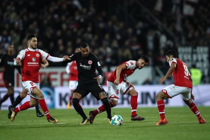 Das dritte Pokal-Viertelfinale bestreiten Eintracht Frankfurt und der FSV Mainz 05 (HEUTE ab 18.30 Uhr im LIVETICKER). Das Hessen-Derby sorgt ohnehin schon für ordentlich Zündstoff bei Fans und Vereinen - doch auch bei den Spielern treffen zwei Hitzköpfe aufeinander