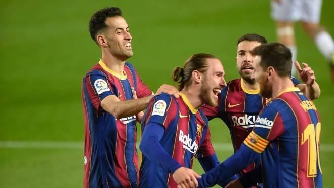 Der FC Barcelona nimmt Kontakt zu Platz eins auf