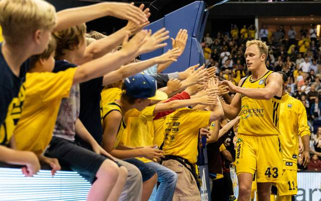 BERLIN, GERMANY - JUNE 13:  Luke Sikma of ALBA Berlin celebrates after winning the the fourth play-off game of the German Basketball Bundesliga finals at Mercedes-Benz Arena on June 13, 2018 in Berlin, Germany. (Photo by Boris Streubel/Bongarts/Getty Images)