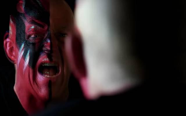Dustin Rhodes - ehemals Goldust - trifft bei der AEW-Debütshow auf Bruider Cody