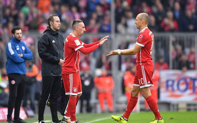 Arjen Robben (r.) und Franck Ribery stehen in der Startelf