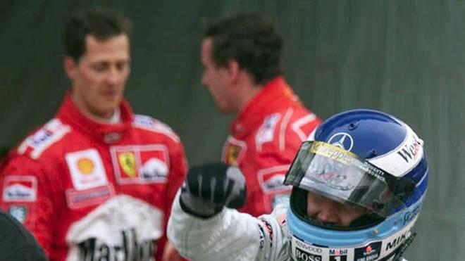 Das WM-Rennen 1998 entscheidet Häkkinen für sich, Schumacher und seinem Teamkollegen Eddy Irvine bleibt nur das Nachsehen