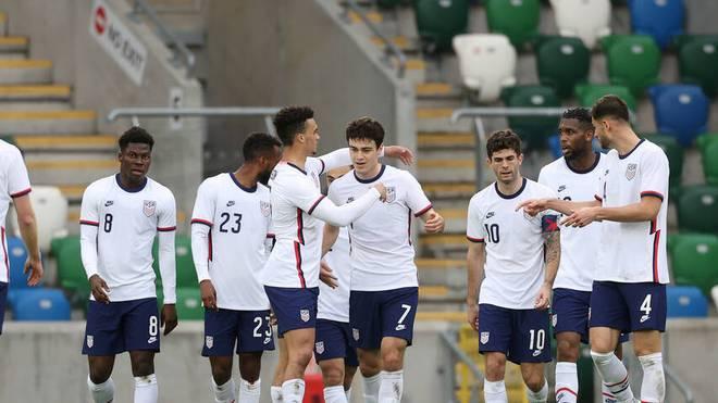 Giovanni Reyna (Nr. 7) und Christian Pulisic (Nr. 10) erzielen die Treffer für die USA
