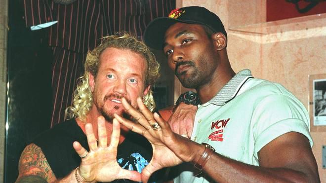 Diamond Dallas Page trat 1998 für WCW zusammen mit NBA-Legende Karl Malone in den Ring