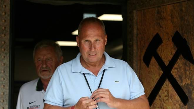 Erzgebirge Aues Präsident Helge Leonhardt will die Fans zurück im Stadion sehen