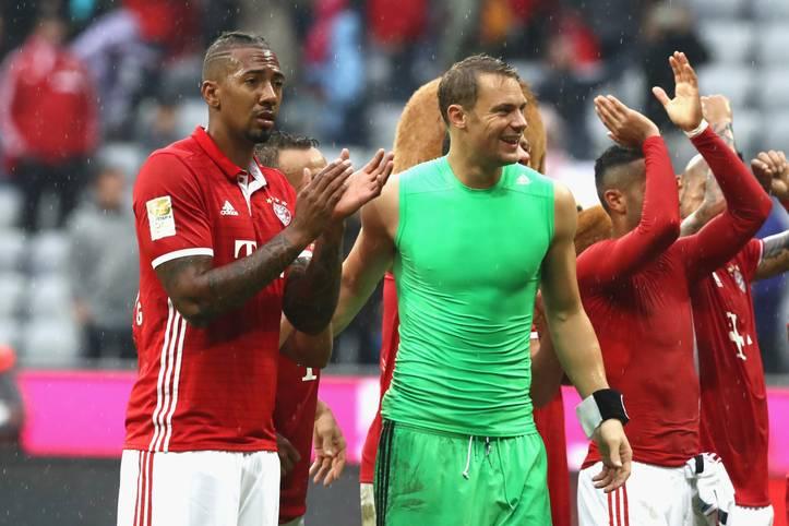 Beim 3:1-Sieg des FC Bayern gegen den FC Ingolstadt feierte Jerome Boateng (l.) sein Bundesliga-Comeback für die Münchener. Gegen Hertha BSC wird der Weltmeister am Mittwoch in der Startelf stehen. SPORT1 und iM Football zeigen die voraussichtlichen Aufstellungen der Bundesliga