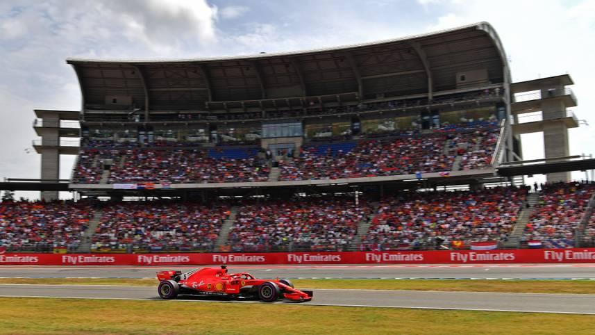 Noch ist die Zukunft des Standorts Deutschland in der Formel 1 nicht geklärt. Deshalb könnte dieser Grand Prix der vorerst letzte auf dem Hockenheimring sein. Vielleicht kommt aber doch noch alles anders. Das Qualifying jedenfalls würde sich schon mal als Werbung für den Verbleib der Königsklasse in Deutschland eignen