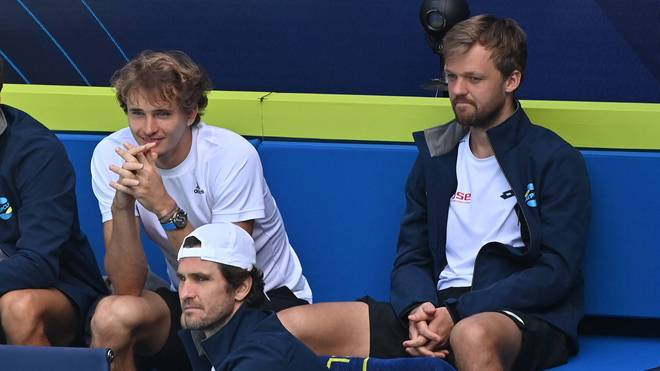 Kevin Krawietz (r.) war begeistert von Alexander Zverevs Match gegen Novak Djokovic