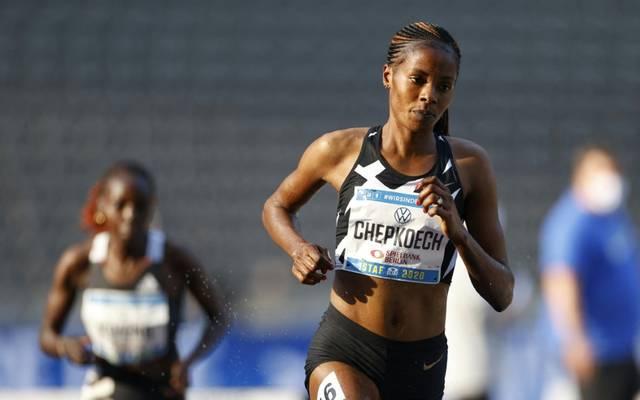 Beatrice Chepkoech stellt  Weltrekord über 5km auf