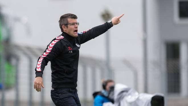 Jens Scheuer trainiert derzeit noch die Frauen des SC Freiburg
