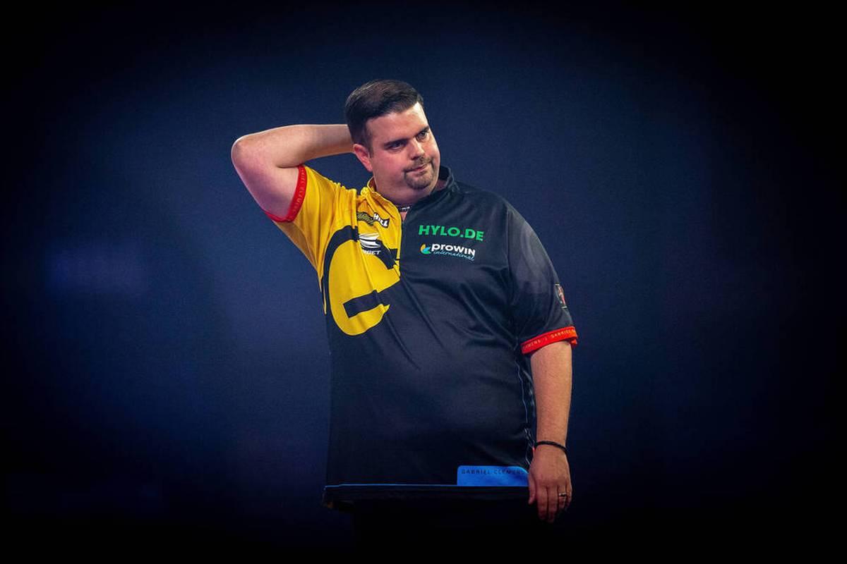 Gabriel Clemens scheitert bei der European Championship schon in der Auftaktrunde. Michael van Gerwen präsentiert sich indes in fantastischer Form.